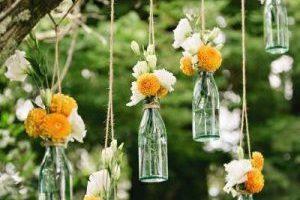 Thiết kế vườn ngoại thất bằng vỏ chai tái chế