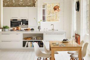 Màu trắng mang đến nét đẹp đơn giản nhưng ấm áp cho căn bếp của bạn