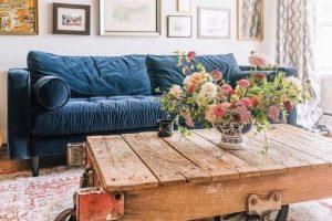Phong cách thiết kế trang trại điểm chút sắc xanh mang đến nét độc đáo cho phòng khách nhà bạn