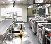 Những thiết bị bếp nhà hàng cần có trong gian bếp Châu Á