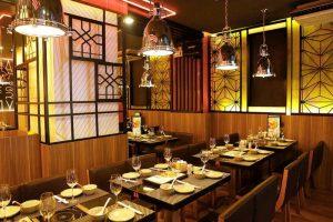 Hệ thống hút khói đảm bảo an toàn và tính thẩm mỹ cho nhà hàng.