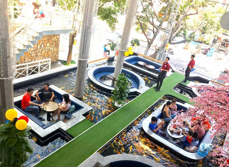 mô hình quán cafe cá koi 6