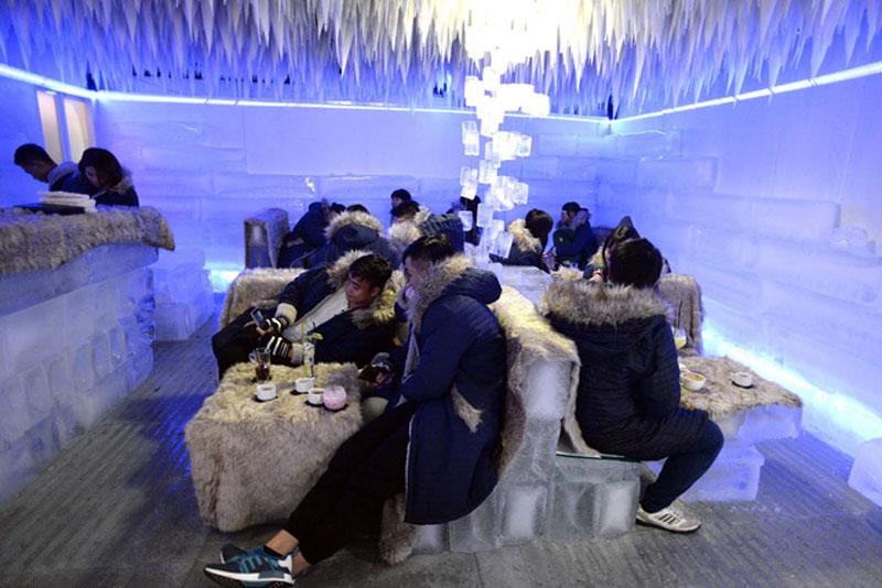 quán cafe băng thảm