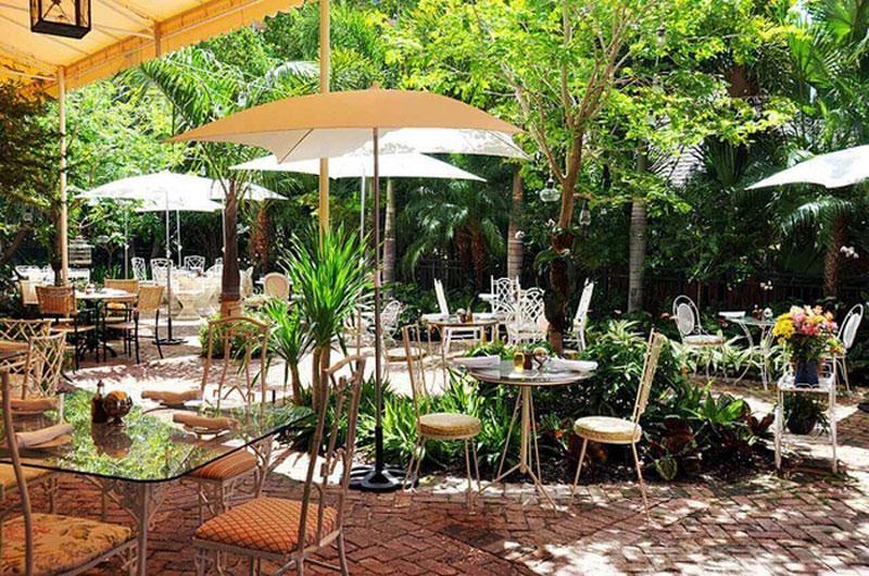 thiết kế quán cafe sân vườn 2