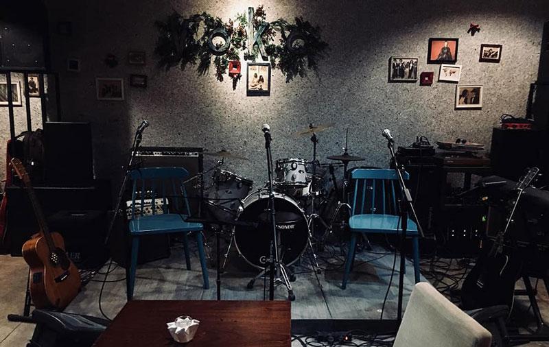 mở quán cafe hát với nhau 1