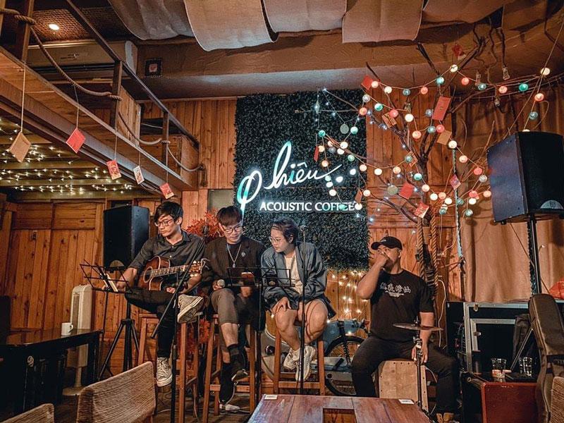 mở quán cafe hát với nhau 3