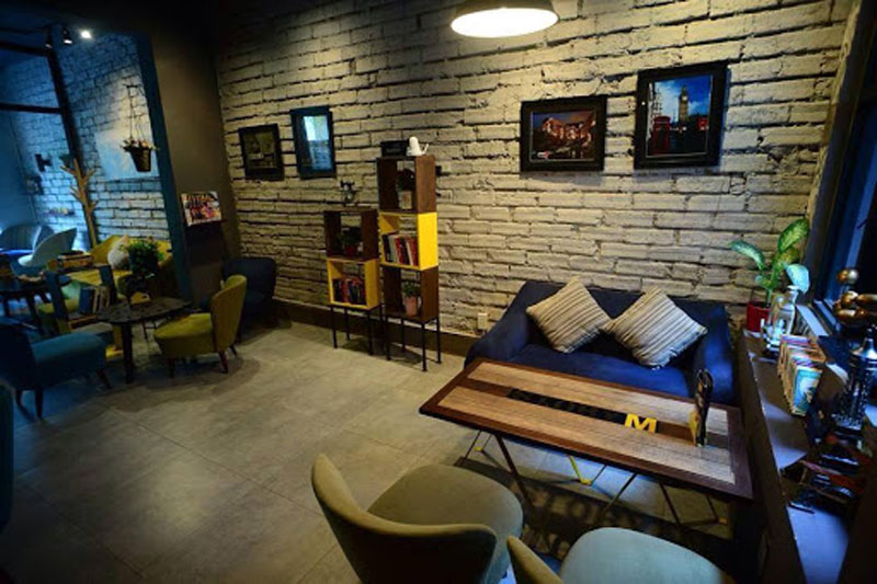 Thiết kế quán cafe tường gạch 4